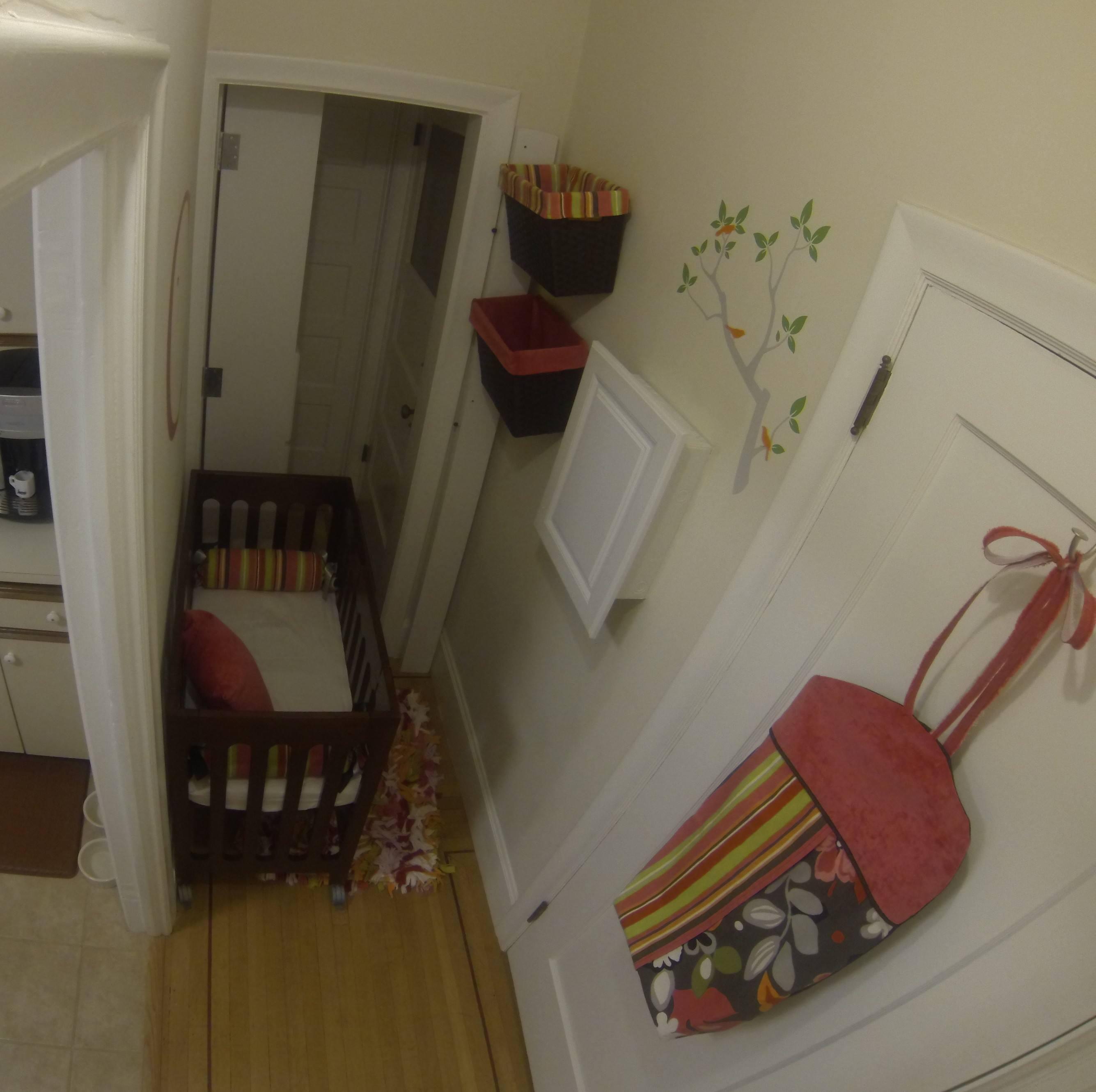 Small Space Nursery Apartmentlife Newsmom