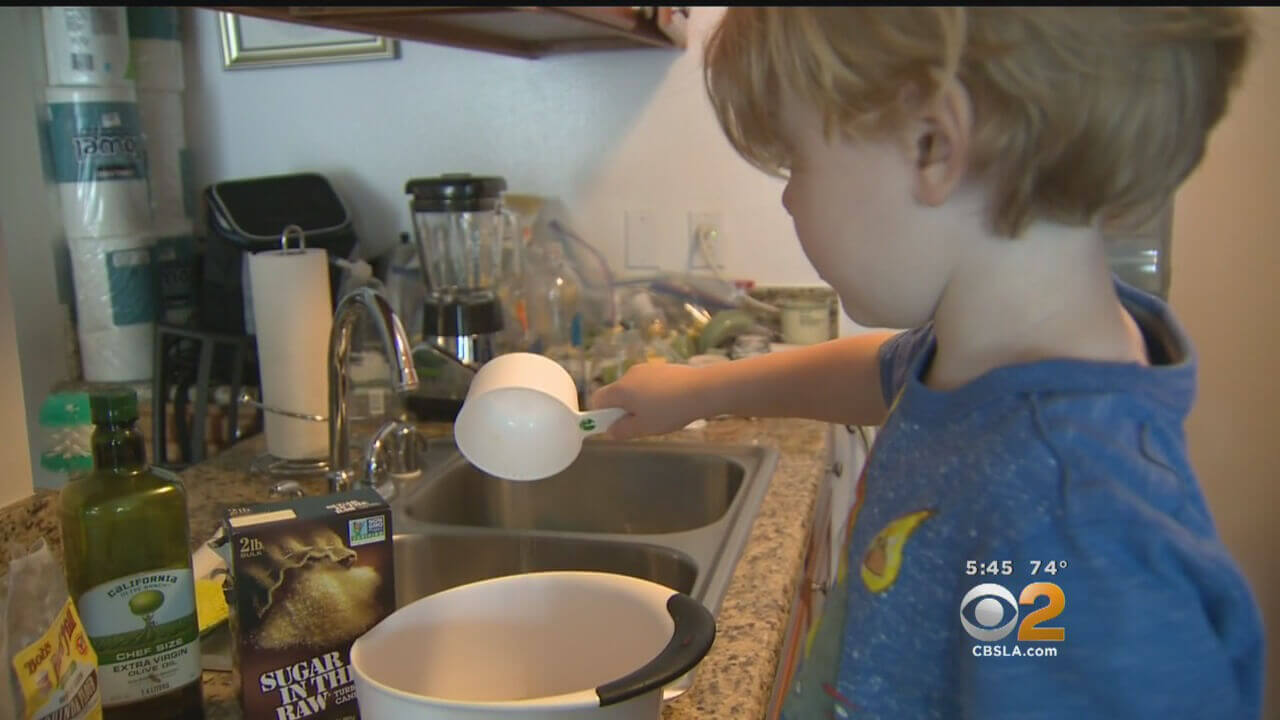 Little Boy With Severe Allergy Can Only Tolerate 12 Foods|CBS Los Angeles